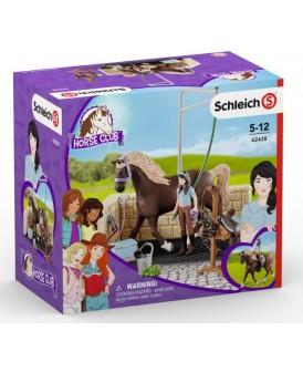 SCHLEICH 42438 HORSE MYJNIA DLA KONIA EMILY I LUNA